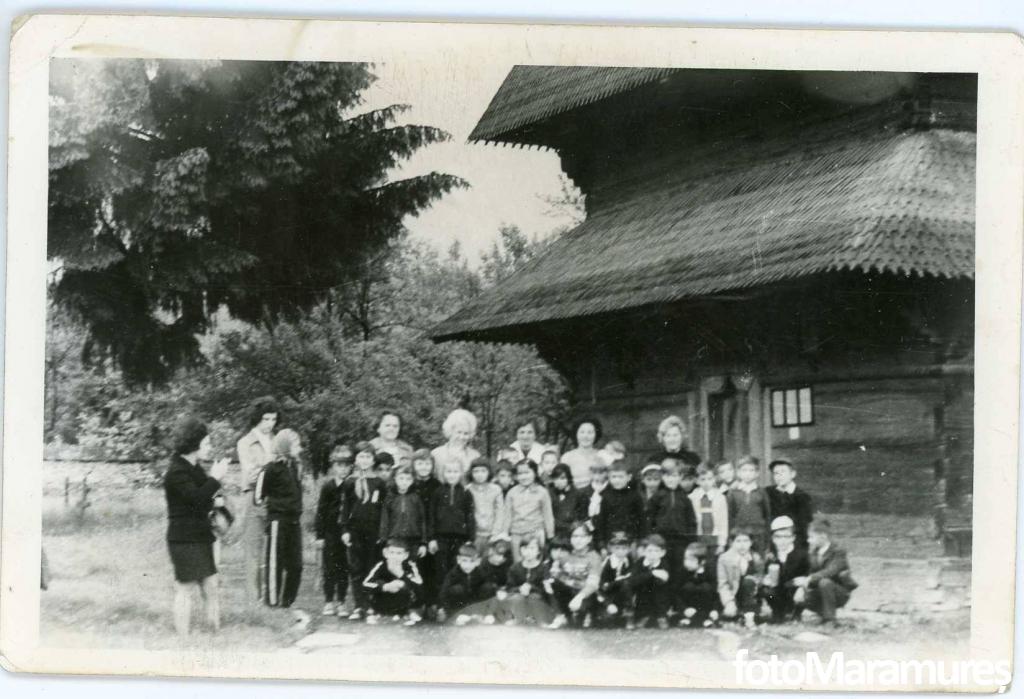 Colectia Kosztinszki Georgina Meda